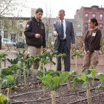 General McChrystal takes a tour of the NYCHA Farm